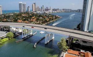 גשר על הים במיאמי